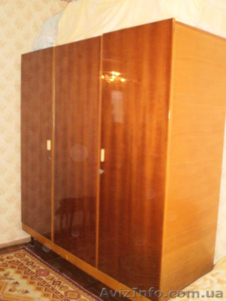 Дизайн спальни шкафом