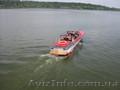 Катер  Волга  на  подводных  крыльях